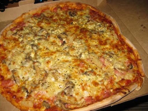 Pizzaturistina Iinatissa